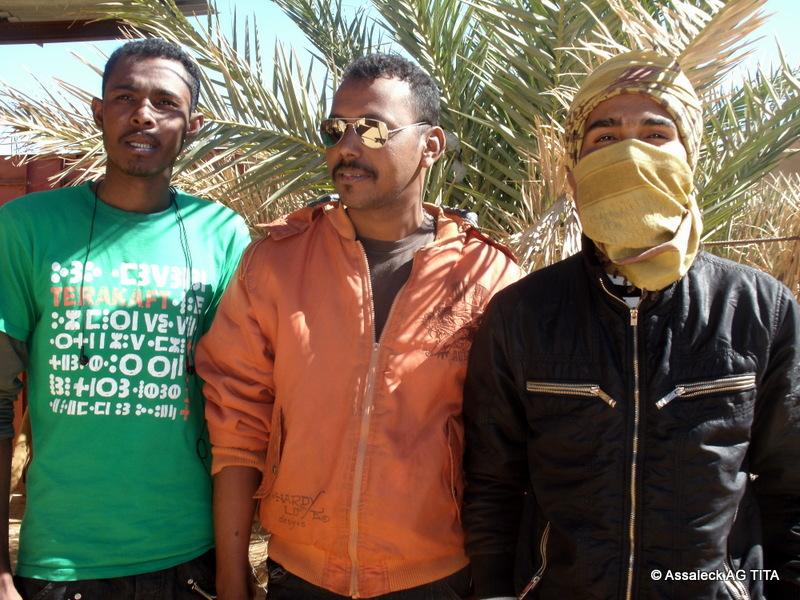 Des jeunes à Kidal en décembre 2011